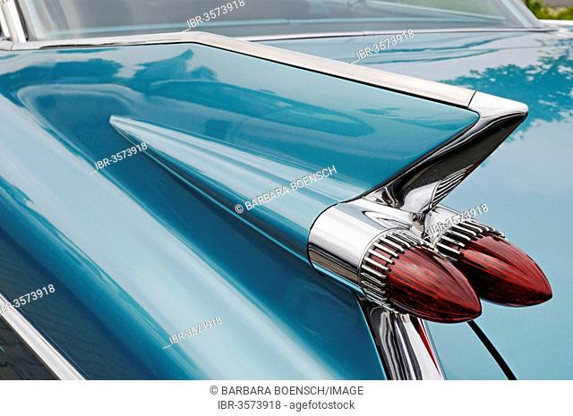 Tail fin, tail lights, Cadillac Coupe Series 62, American vintage car
