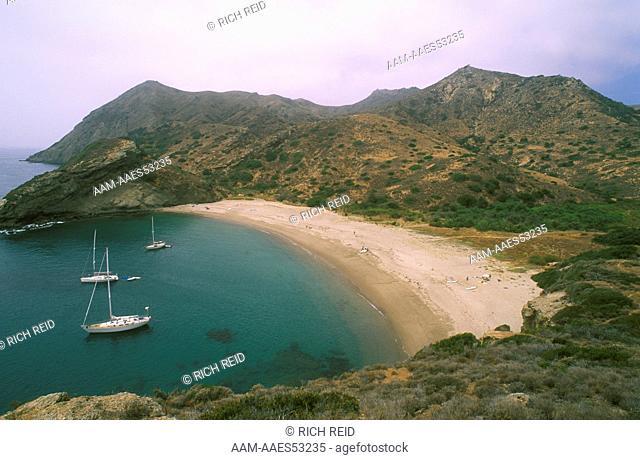 Boats anchored at Coches Prietos Bay, Santa Cruz Island, Channel Islands, CA