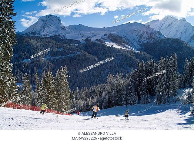 europe, italy, trentino, dolomites, val di fassa, canazei, sellaronda ski tour