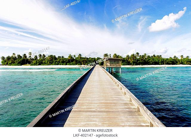 Boardwalk leading to Park Hyatt Maldives Hadahaa, Gaafu Alifu Atoll, North Huvadhoo Atoll, Maldives