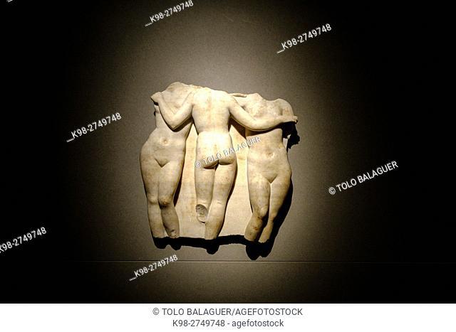 las tres gracias, fragmento de relieve, italia, siglos I-II dC, marmol, coleccion His de la Salle