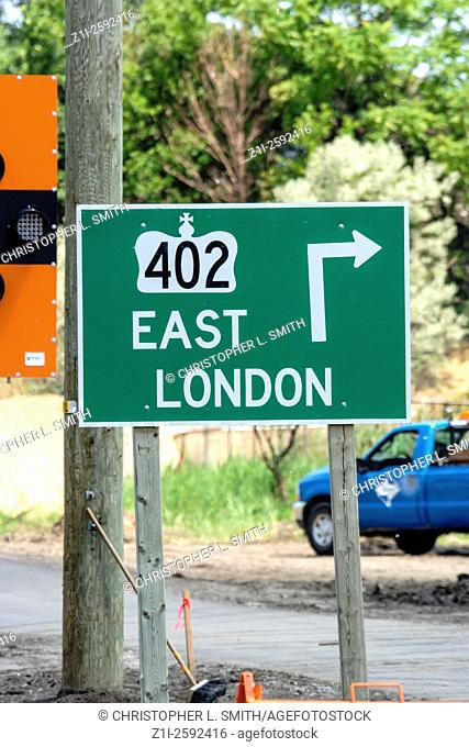 Rte 402 Turn Right at intersection to East London in Ontario Canada