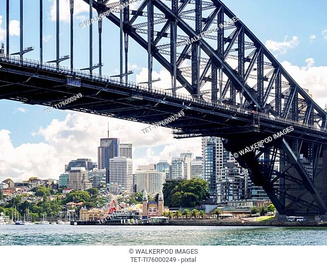 Australia, New South Wales, Sydney, Bridge and skyline in background