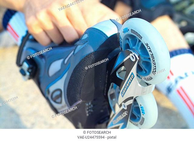 recreation, rollerblading, leisure, lifestyle, rollerblade, skate