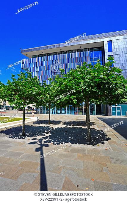 Sir Nigel Gresley Square, Civic Office, Doncaster, South Yorkshire, England, UK