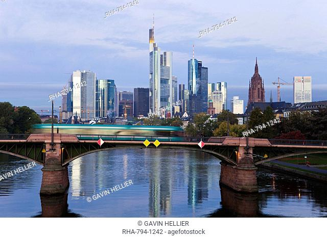 Skyline and River Main in the early morning, Frankfurt-am-Main, Hesse, Germany, Europe