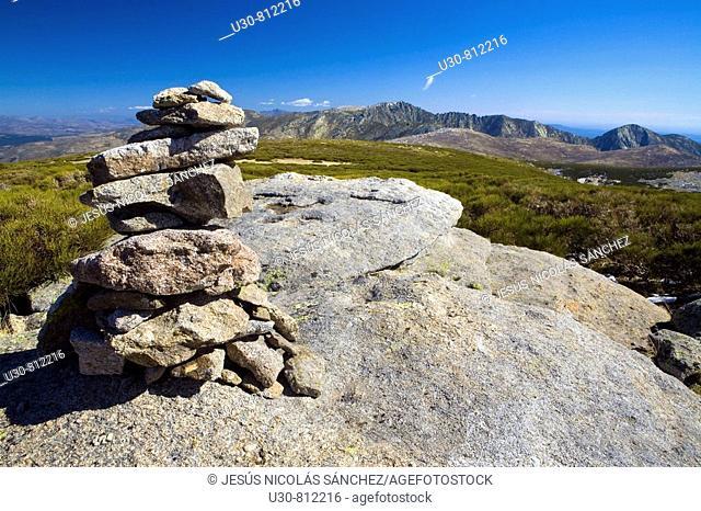 Milestone or marker of stones indicating a path  Summits of Sierra de Gredos  The Morezón, Navasomera  Sierra de Gredos Regional Park  Navacepeda de Tormes...