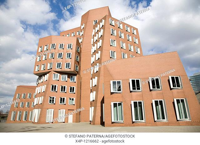 Der Neue Zollhof architecture by Frank Gehry in Duesseldorf Mediaharbour, Germany