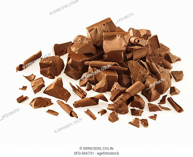 Chocolate curls and pieces of chocolate