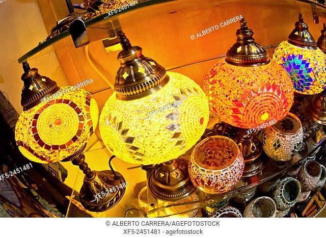 Souvenir's Shop, Albaicín Neighborhood, Albaycín, Albayzín, UNESCO World Heritage Site, Granada, Andalucía, Spain, Europe