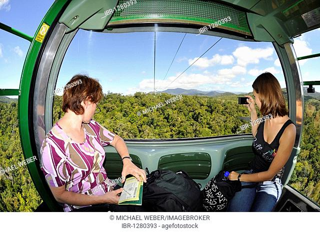 Passengers on the Skyrail Rainforest Cableway, the longest cable car of the world, Kuranda Village, rainforest, Atherton Tablelands, Queensland, Australia