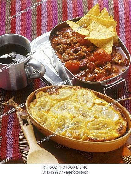 Chili con carne Mexico, mince bake with bananas S  Africa