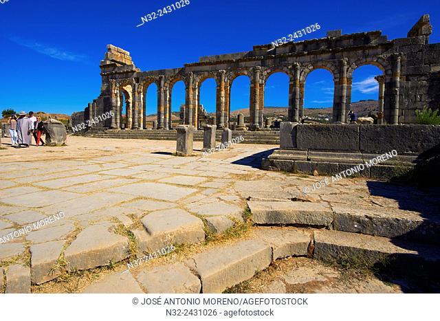 Volubilis, Mulay Idris, Meknes, Roman ruins of Volubilis, UNESCO World Heritage Site, Morocco, Maghreb, North Africa