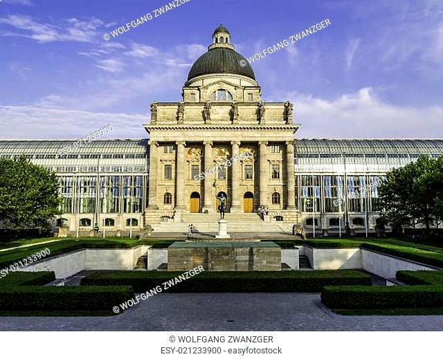 Bavarian State Chancellery in Otto park