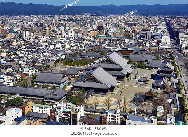 General city view of Kyoto with Higashi Honganji Temple, the Eastern Temple of the Original Vow, in Kyoto, Japan