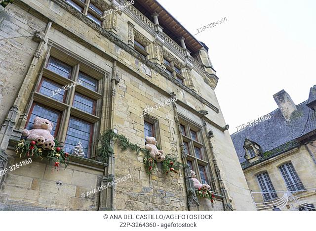 Sarlat la Caneda a beautiful medieval town and one of the highlights to a visit to the Dordogne Perigord France on December 7, 2018