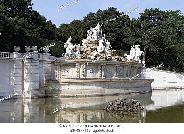 Neptune Fountain, Schönbrunn Palace, Hietzing, Vienna, Austria
