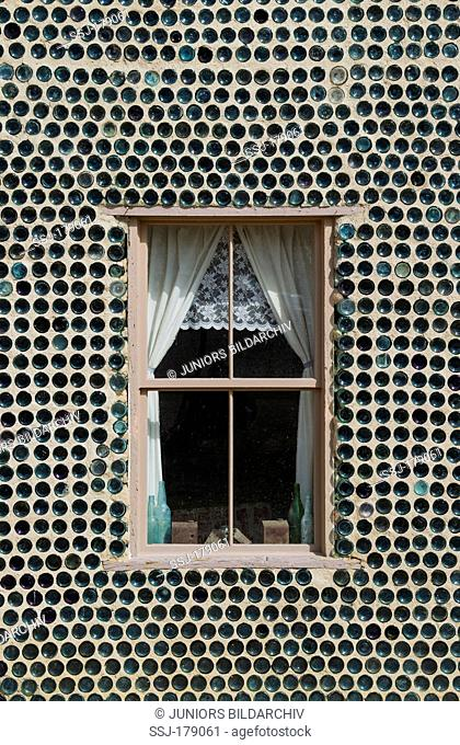 Detail of the famous Bottle House, built from more than 30.000 beer and liqueur bottles, in the ghost town of Rhyolite. Rhyolite's glory days of goldmining...