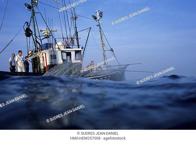 France, Pyrenees Atlantiques, Saint Jean de Luz, Airosa tuna fishing boat, use of water sprinklers for camouflaging the boat