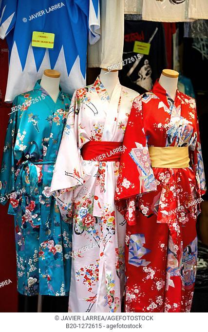 Kimono, Nakamise shopping street, Asakusa, Tokyo, Japan
