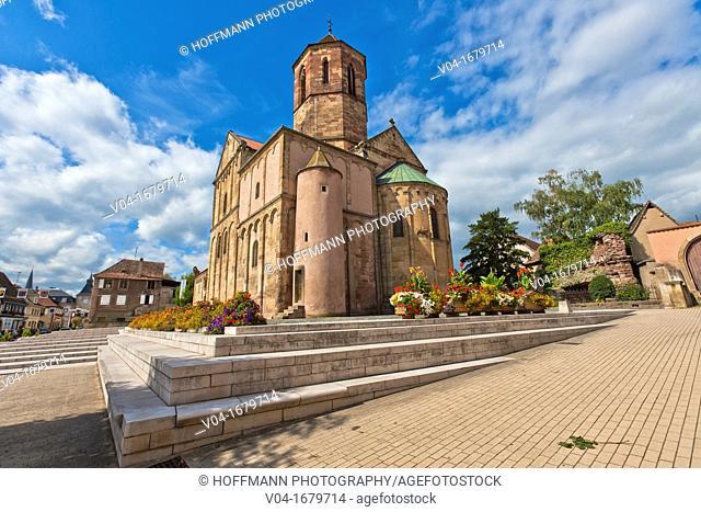 The church Saint-Pierre-et-Paul in Rosheim, Alsace, France, Europe