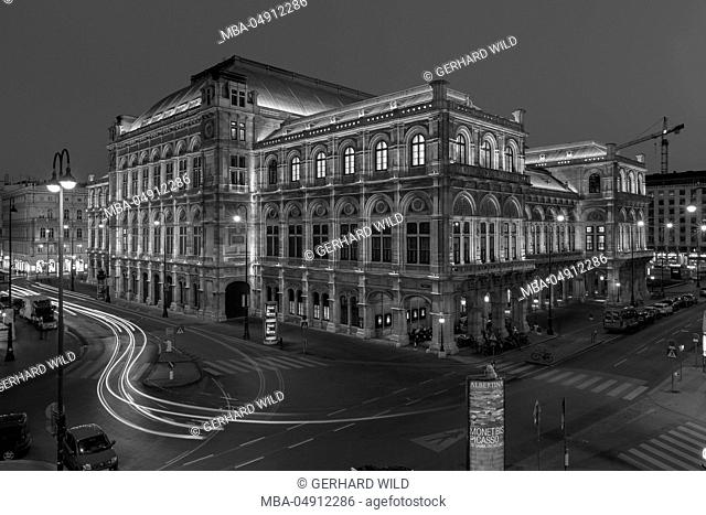 Austria, Vienna, back view of the state opera, black-and-white