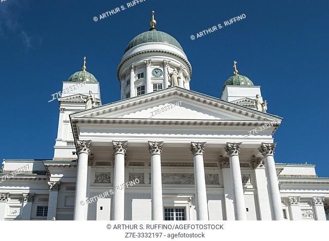 Helsinki Cathedral (Helsingin tuomiokirkko), Senate Square. Helsinki, Finland, Europe