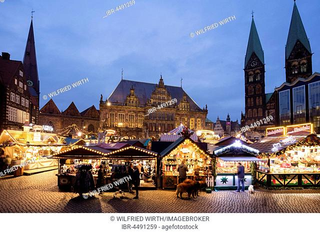Marketplace with Christmas Market, City Hall and Cathedral, Twilight, Bremen, Germany