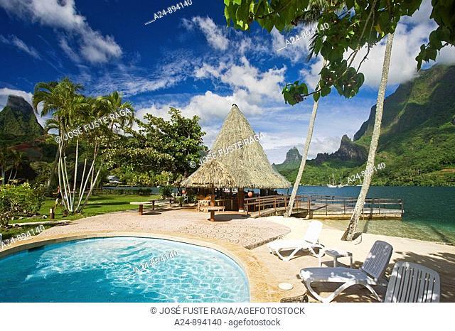Pool at Bali Hai Club, Cook's Bay, Moorea, Society Islands, French Polynesia (May, 2009)