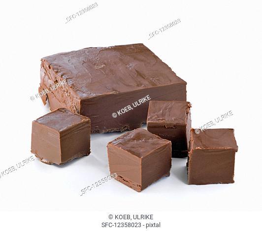 Nougat cubes