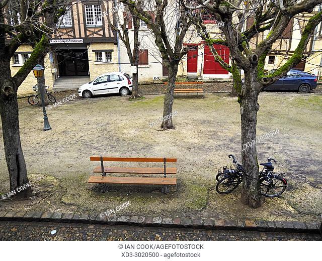 Place de la Mirpe, Bergerac, Dordogne Department, Aquitaine, France