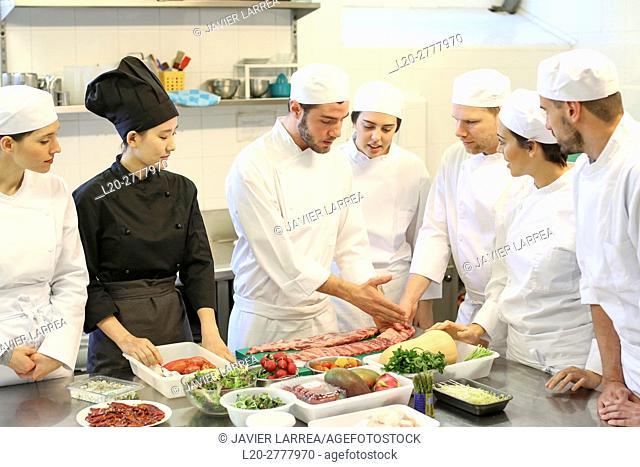 Chefs, Cooks in cooking school, Cuisine School, Donostia, San Sebastian, Gipuzkoa, Basque Country, Spain, Europe