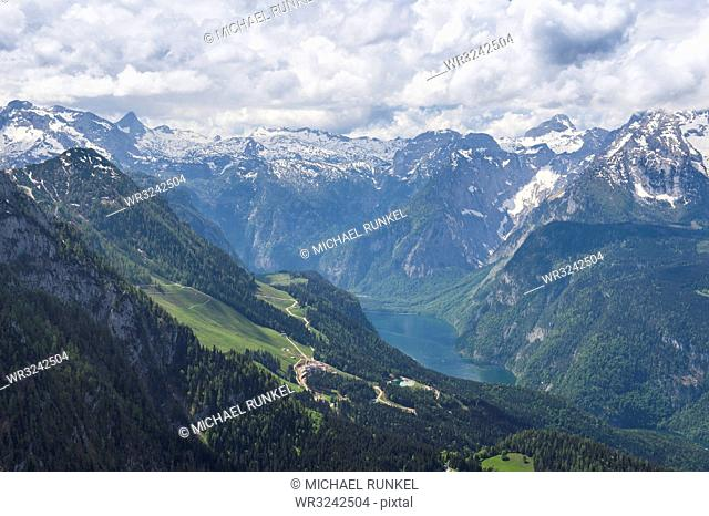 View over the Bavarian Alps from Kehlsteinhaus (Eagle Nest), Berchtesgaden, Bavaria, Germany, Europe