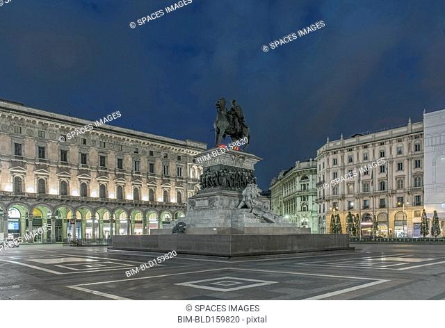 Fountain in Piazza del Duomo illuminated at night, Milan, Milan, Italy