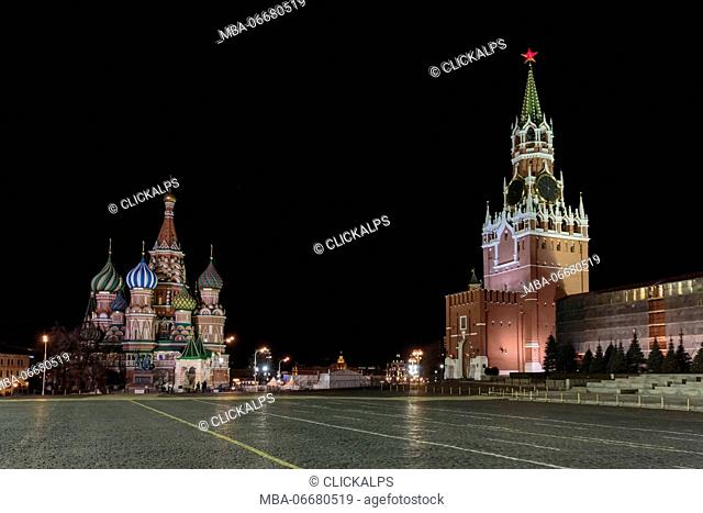 Russia, Moscow, Red Square, Kremlin, St. Basil's Cathedral and Kremlin Spasskaya Tower