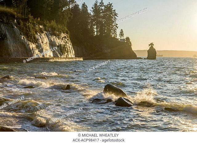 Stanley Park seawall at sunset, Vancouver, British Columbia, Canada
