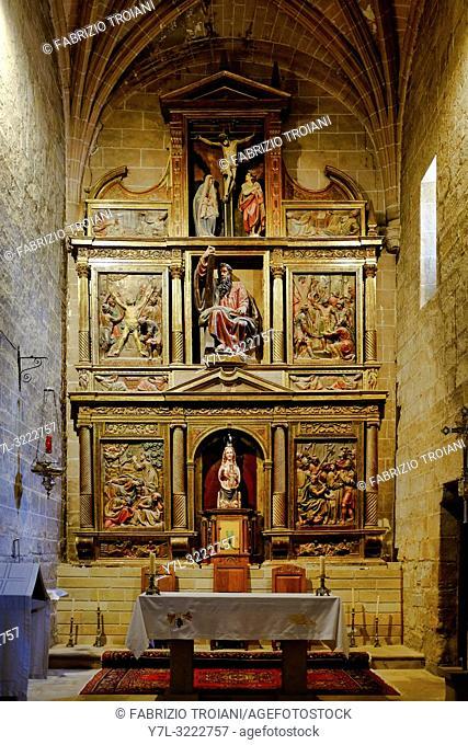 Altar of the Church of San Andreas de Zariquiegui, Zariquiequi, Navarre, Spain