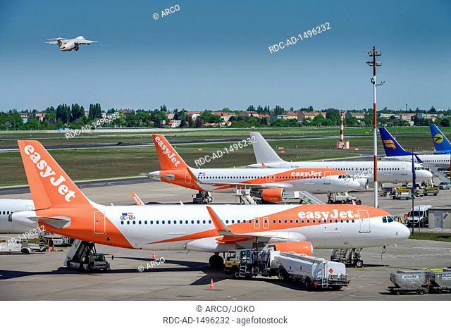 Flugzeuge Easyjet, Vorfeld, Flughafen, Tegel, Reinickendorf, Berlin, Deutschland