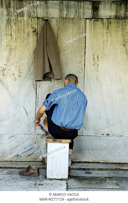 europe, turkey, istanbul, ablution after the prayer