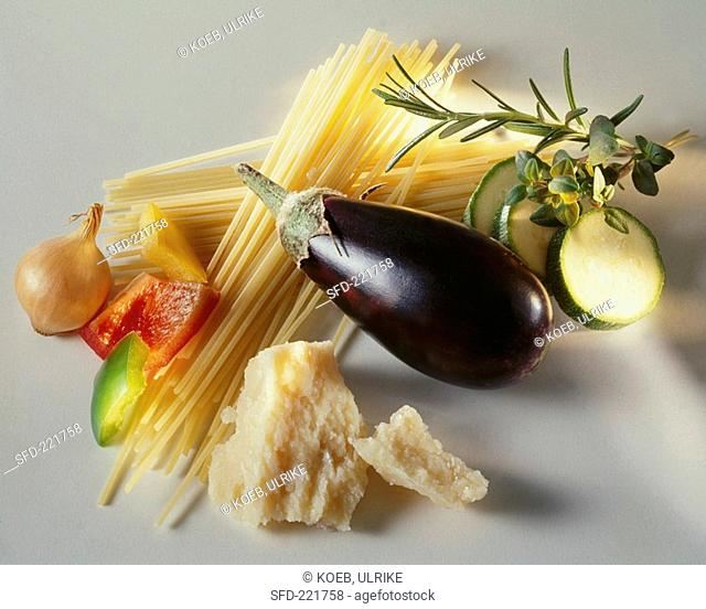 Spaghetti, vegetables, herbs and Parmesan