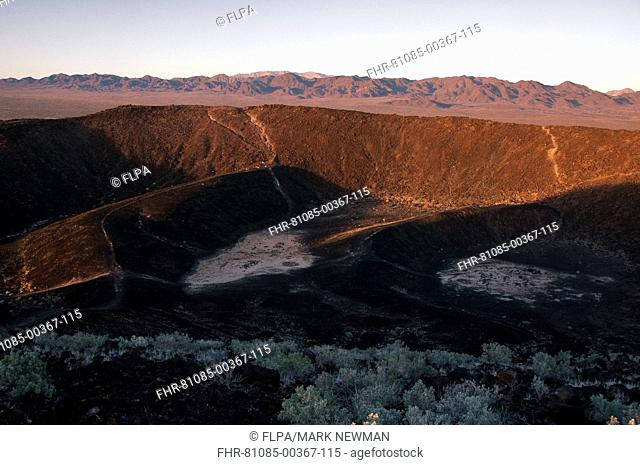 View of extinct cinder cone volcano crater, Amboy Crater, Mojave Desert, California, U S A