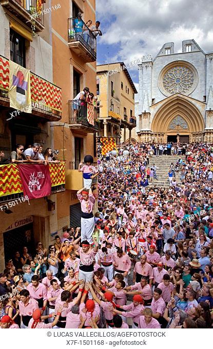 Xiquets de Tarragona 'Castellers' human tower walking, a Catalan tradition Festa de Santa Tecla, city festival  Carrer Major Tarragona, Spain