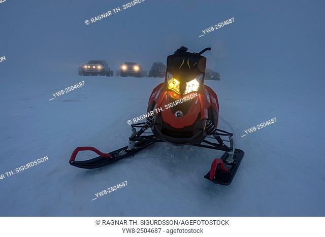 Snowmobile trip in the Central Highlands of Iceland