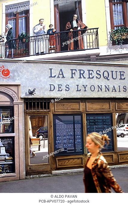 Presque Ile, fresco of famous people