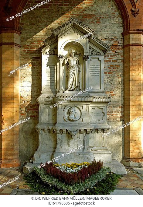 Grave of Friedrich von Gaertner, 1791-1847, architect, Southern Cemetery Munich, Upper Bavaria, Bavaria, Germany, Europe