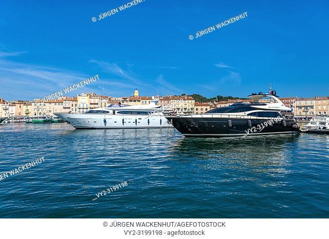 Marina, Saint-Tropez, Var, Provence-Alpes-Cote d`Azur, France, Europe