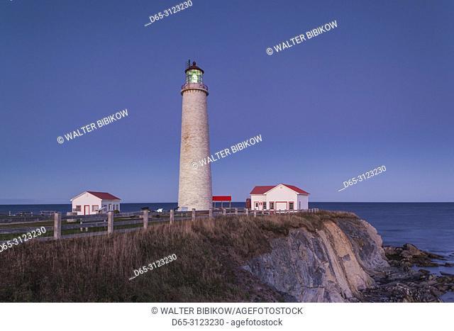 Canada, Quebec, Gaspe Peninsula, Cap-des-Rosiers, Cap-des-Rosiers Lighthouse, dusk