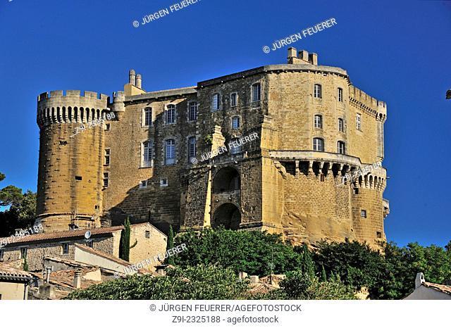 Castle of Suze-la-Rousse, village in the heart of the Rhône Valley vineyards, France