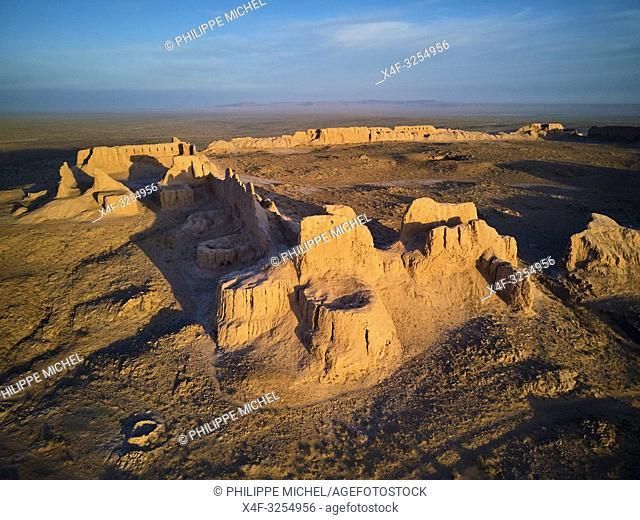 Ouzbekistan, region de Karakalpakstan, les citadelles du desert, Ayaz Qala / Uzbekistan, Karakalpakstan province, desert citadel, Ayaz Kala
