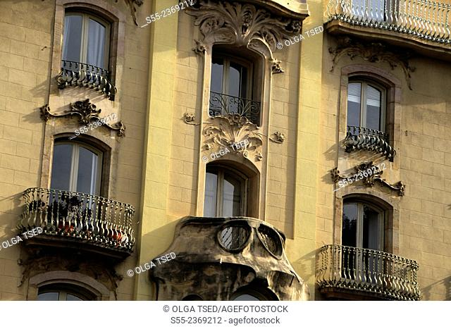 Modernist building detail. Carrer del Bruc, Barcelona, Catalonia, Spain